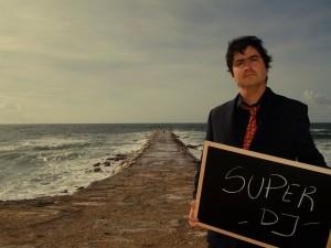 Super DJ Fernando Alvim